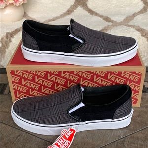 VANS CLASSIC SLIP-ON SUITING BLACK/TRUE WHITE MEN'